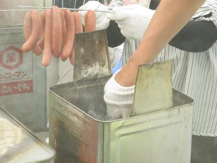 180805 【レポート】体験教室「燻製体験:ウィンナーの燻製」